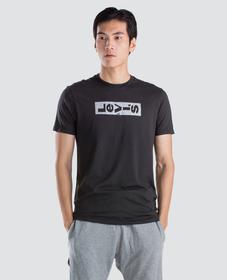 퍼포먼스 그래픽 티셔츠